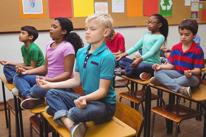 Les bienfaits du yoga à l'école